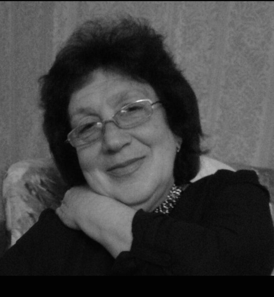 12 мая не стало Светличной Елены Александровны, старейшего работника МБУ СШ N1. Это огромная потеря для коллектива, соболезнуем родным и близким...